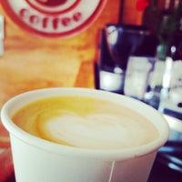 รูปภาพถ่ายที่ Strawberry Coffee โดย Anto P. เมื่อ 3/2/2015