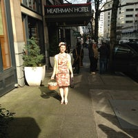 2/24/2013 tarihinde Shara A.ziyaretçi tarafından The Heathman Hotel'de çekilen fotoğraf