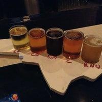 8/25/2013 tarihinde Bobbi B.ziyaretçi tarafından Fullsteam Brewery'de çekilen fotoğraf
