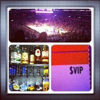 4/10/2013 tarihinde Gregory G.ziyaretçi tarafından STAPLES Center VIP SUITES'de çekilen fotoğraf