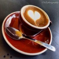 Das Foto wurde bei Spring For Coffee von Benny B. am 1/2/2014 aufgenommen