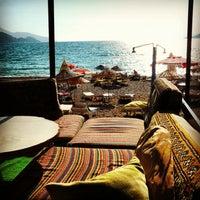 รูปภาพถ่ายที่ Güven's Bar โดย Turkey's For Life เมื่อ 9/21/2012