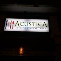 3/11/2015 tarihinde Jhom C.ziyaretçi tarafından Acustica Bistro & Lounge'de çekilen fotoğraf