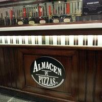 Foto tomada en Almacén de Pizzas por Domingo L. el 10/5/2013