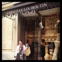 37b4f2c424253 ... Photo prise au Christian Louboutin par Laurie S. le8 26 2013 ...