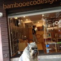 Foto diambil di BambooEcoDesign oleh Ana Pau pada 6/18/2016