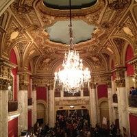 10/14/2012にElsaがBoston Opera Houseで撮った写真