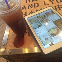 Photo taken at The Coffee Bean & Tea Leaf by Alaina E. on 8/12/2014