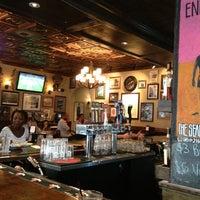 Foto diambil di Mortimer's Cafe & Pub oleh Chip L. pada 7/5/2013