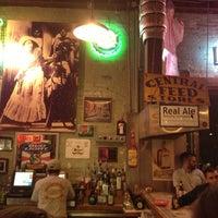 รูปภาพถ่ายที่ Guero's Taco Bar โดย Roger E. เมื่อ 3/11/2013