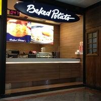 11/19/2012 tarihinde Marcos A.ziyaretçi tarafından Baked Potato'de çekilen fotoğraf