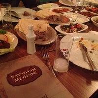 Снимок сделан в Bayazhan Meyhane пользователем Salih K. 11/20/2013