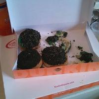 Foto tirada no(a) Dunkin Donuts por Robert B. em 3/27/2014