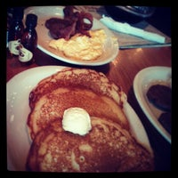 4/27/2013にRyan W.がCracker Barrel Old Country Storeで撮った写真