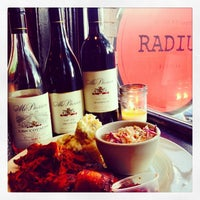 8/14/2014 tarihinde Vino50: Grape American Road Tripziyaretçi tarafından Radius Pizza'de çekilen fotoğraf
