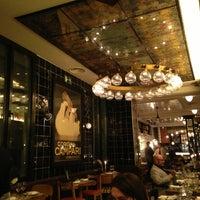 Photo prise au Toto Restaurante & Wine Bar par Nondas S. le2/28/2013