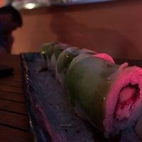รูปภาพถ่ายที่ Kynoto Sushi Bar โดย Maurizio M. เมื่อ 7/5/2019