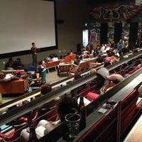 12/12/2012에 Ricardo M.님이 New Parkway Theater에서 찍은 사진