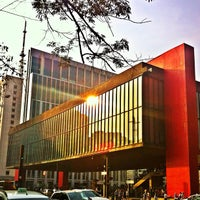 Foto scattata a Museu de Arte de São Paulo (MASP) da Sergio D. il 9/15/2012