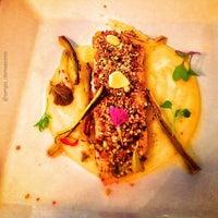 Foto diambil di Restaurante Miya oleh Sergio D. pada 1/29/2013