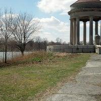 Foto scattata a Franklin Delano Roosevelt Park da Michael S. il 4/2/2013