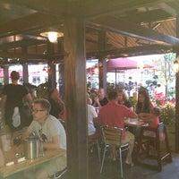 รูปภาพถ่ายที่ Cornerstone - Artisanal Pizza & Craft Beer โดย Patrick S. เมื่อ 8/15/2013