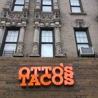 รูปภาพถ่ายที่ Otto's Tacos โดย sarah p. เมื่อ 11/3/2013