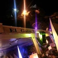Foto diambil di El Gato Lounge oleh Skyseb - Sébastien T. pada 10/23/2012