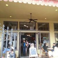 Foto diambil di Costeaux French Bakery oleh Michael S. pada 10/21/2012