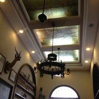 รูปภาพถ่ายที่ Gambrinus โดย Denizar A. เมื่อ 10/27/2012