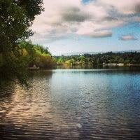 Das Foto wurde bei Green Lake Park von Dana F. am 6/10/2013 aufgenommen