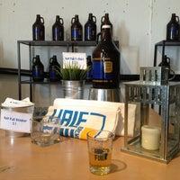 2/2/2013에 Michelle H.님이 Half Full Brewery에서 찍은 사진