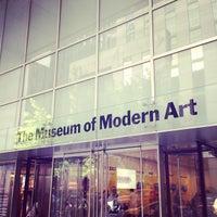 Foto tomada en Museo de Arte Moderno (MoMA) por Bryan T. el 7/6/2013