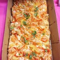 Das Foto wurde bei Healthy Cow Pizza von Paola . am 7/4/2015 aufgenommen