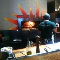 Das Foto wurde bei Pizzeria Paradiso von Lizzie K. am 3/22/2013 aufgenommen
