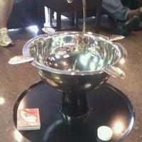 Foto tirada no(a) Smoky's Tobacco and Cigars por Tim Hobart M. em 9/30/2012