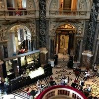 7/13/2013 tarihinde Ertanziyaretçi tarafından Viyana Sanat Tarihi Müzesi'de çekilen fotoğraf