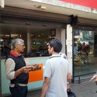 Foto tomada en Auto Service por Pavan M. el 11/13/2012