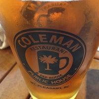 Снимок сделан в Coleman Public House Restaurant & Tap Room пользователем Roman B. 5/26/2013