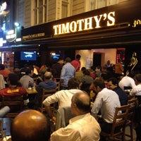 9/19/2012 tarihinde Murat A.ziyaretçi tarafından Timothy's'de çekilen fotoğraf