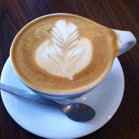 Foto tomada en Transcend Coffee por Chelsey S. el 3/22/2013