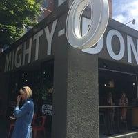 Das Foto wurde bei Mighty-O Donuts von Dave D. am 7/4/2017 aufgenommen