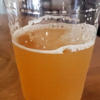 Foto tomada en Braxton Brewing Company por Gerald P. el 10/24/2020