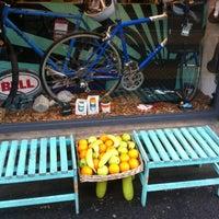 Das Foto wurde bei CycleLab & JuiceBar von András N. am 10/17/2012 aufgenommen