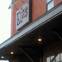 9/21/2012にStanがElla's Americana Folk Art Cafeで撮った写真