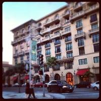 Снимок сделан в Montage Beverly Hills пользователем Jon Paul P. 3/30/2013