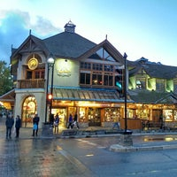 Das Foto wurde bei Town of Banff von Yi S. am 10/8/2013 aufgenommen