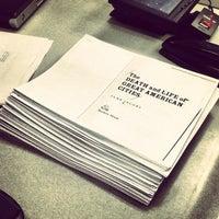 Foto tomada en NYU Third North Printing Center por Sage Y. el 12/10/2012