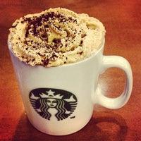 Foto scattata a Starbucks da Eyrique G. il 3/26/2013
