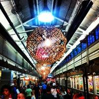 7/14/2013 tarihinde Leonardo C.ziyaretçi tarafından Chelsea Market'de çekilen fotoğraf